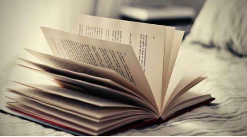 bán-hàng-online-nên-bán-gì-sách